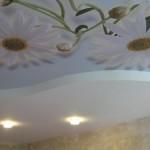 Преимущества натяжных потолков из ткани или пленки